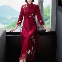 cheongsam Spring 2020 XXL,S,M,L,XL Red, white three quarter sleeve long cheongsam Retro Low slit daily Oblique lapel Decor Embroidery