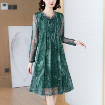 Women's large Spring 2021 Caramel green M L XL 2XL 3XL 4XL Dress commute Socket 2118-00 Xinzhiyao 35-39 years old 96% and above Middle-skirt Other 100% Exclusive payment of tmall other