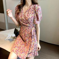 Dress Spring 2020 S,M,L,XL,2XL Short skirt Short sleeve commute V-neck High waist Broken flowers A-line skirt puff sleeve Type A Korean version Frenulum