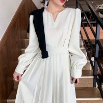 Dress Spring 2021 White, black S,M,L,XL Mid length dress singleton  Long sleeves commute V-neck High waist Solid color Socket A-line skirt routine Others 18-24 years old Type A Korean version Splicing 31% (inclusive) - 50% (inclusive) other polyester fiber