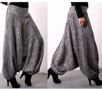 Casual pants Grey, red Average size Winter of 2019 Wide leg pants Other styles thickening 35-39 years old 81% (inclusive) - 90% (inclusive) other printing and dyeing