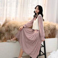 Dress Autumn 2020 Pink skirt + white button vest, green skirt + white button vest, white skirt + apricot button vest, black skirt + apricot button vest S,M,L Mid length dress Two piece set Long sleeves commute stand collar High waist Broken flowers zipper Pleated skirt routine Others 18-24 years old