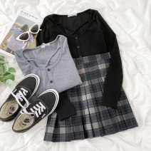 T-shirt Black top, dark grey top, plaid pleated skirt Average size, s, M Summer 2021 cotton 86% (inclusive) -95% (inclusive) 18-24 years old