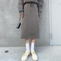 skirt Winter 2020 Average size Off white, blue, brown Mid length dress Sweet High waist High waist skirt Solid color Type H 18-24 years old 91% (inclusive) - 95% (inclusive) cotton solar system