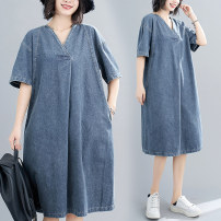 Women's large Summer 2020 blue Dress singleton  commute easy thin Socket Short sleeve Solid color Korean version V-neck Denim Make old routine Other / other pocket 51% (inclusive) - 70% (inclusive) Medium length