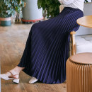 skirt Autumn of 2018 Skirt length 80cm 90cm Mid length dress commute High waist Pleated skirt Solid color Type A 25-29 years old More than 95% other I'm the most beautiful woman polyester fiber fold Korean version Polyethylene terephthalate (polyester) 100% Pure e-commerce (online only)