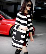 Women's large Winter 2016, autumn 2016 Big black and white stripe Large XL, large L, m, s Polyester, hemp 51% (inclusive) - 70% (inclusive)
