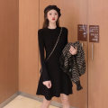 Dress Winter 2020 Black apricot S M L XL Short skirt singleton  Long sleeves commute Crew neck High waist Solid color Socket A-line skirt routine Others 18-24 years old Type A Love fame and elegance Retro HYL9035-1 More than 95% other other Other 100% Pure e-commerce (online only)