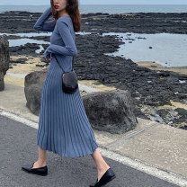 Dress Winter 2020 Haze blue black S M L XL longuette singleton  Long sleeves commute Crew neck High waist Solid color Socket Pleated skirt routine Others 18-24 years old Type A Love fame and elegance Korean version LFS9084 More than 95% other other Other 100% Pure e-commerce (online only)