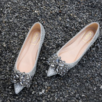 Low top shoes 32 33 34 35 36 37 38 39 40 41 So elegant Red Silver Black Sharp point Flat heel Sequin cloth Shallow mouth Flat heel (1cm or less) Superfine fiber Spring of 2018 Trochanter Europe and America Sewing shoes Youth (18-40 years old) Solid color TPR (tendon) Lazy shoes Sheepskin daily