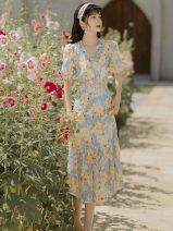 Dress Summer 2021 Picture color S,M,L longuette singleton  Short sleeve V-neck High waist Decor zipper A-line skirt puff sleeve Type A Chiffon