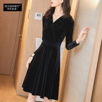Dress Winter of 2019 Black red S M L XL XXL 3XL Mid length dress singleton  Long sleeves commute V-neck middle-waisted Solid color Socket A-line skirt routine 25-29 years old Sugenry / sugenry lady Pleated zipper A9008 More than 95% corduroy polyester fiber