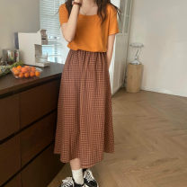 Fashion suit Spring 2021 Average size Yellow T-shirt, orange T-shirt, orange plaid skirt, apricot plaid skirt 18-25 years old Other / other 0331L 30% and below