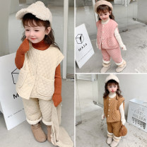 suit Other / other Beige, pink, caramel 80cm,90cm,100cm,110cm,120cm,130cm,140cm female winter Korean version Sleeveless + pants 2 pieces Plush There are models in the real shooting Single breasted nothing Solid color flannelette children Expression of love XW corduroy 2-piece Plush set