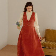 Dress Winter 2020 Frost orange S M L Mid length dress singleton  Sleeveless commute V-neck High waist Solid color Socket Big swing straps 25-29 years old Type X ISISLOVE Retro Stitched button zipper DR20234 More than 95% corduroy polyester fiber Polyester 100%
