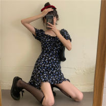 Dress Summer 2021 Picture color S, M Short skirt singleton  Short sleeve commute square neck High waist Broken flowers Socket A-line skirt puff sleeve 18-24 years old Type A Retro 30% and below other
