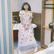Dress Summer 2020 Strawberries (do not soak when cleaning) S. M, customized (non refundable), long 85 short s, long 87 short m, s (pre-sale for 10 days) longuette singleton  Sweet V-neck High waist other Hand worn, embroidered, pleated, Auricularia auricula, lace, stitching, gauze net