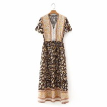 Dress Spring 2021 2824,2808 S,M,L Mid length dress Short sleeve street V-neck High waist 18-24 years old 81% (inclusive) - 90% (inclusive) Europe and America