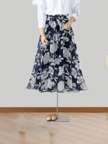 skirt Summer of 2019 Mid length dress commute Natural waist Pleated skirt Broken flowers Type A 40-49 years old 31% (inclusive) - 50% (inclusive) Chiffon cotton Retro 401g / m ^ 2 (inclusive) - 500g / m ^ 2 (inclusive)