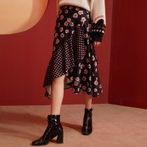 skirt Winter 2020 S M L XL Decor Mid length dress commute Natural waist Ruffle Skirt Y0320067828 91% (inclusive) - 95% (inclusive) Yunsimu thought polyester fiber Asymmetric printing with ruffles lady Polyester 93% polyurethane elastic fiber (spandex) 7% Pure e-commerce (online only)