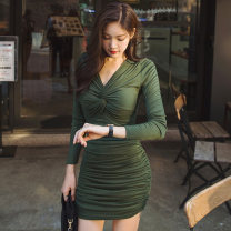 Dress Autumn of 2019 green S M L Short skirt singleton  Long sleeves commute V-neck High waist Solid color zipper One pace skirt routine Breast wrapping 25-29 years old Flying all over the sky Korean version fold M1918171615 More than 95% polyester fiber Pure e-commerce (online only)