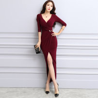 Dress Autumn of 2018 gules S M L XL longuette singleton  Long sleeves commute V-neck High waist Solid color zipper One pace skirt routine Others 30-34 years old Flying all over the sky Korean version zipper M99850265 More than 95% polyester fiber Polyester 95% polyurethane elastic fiber (spandex) 5%