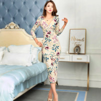 Dress Fall 2017 Decor S M L longuette singleton  Long sleeves commute V-neck High waist Broken flowers zipper One pace skirt routine Others 30-34 years old Flying all over the sky Korean version zipper M1950132 91% (inclusive) - 95% (inclusive) polyester fiber Pure e-commerce (online only)