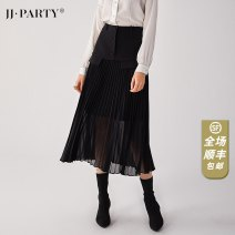 skirt Winter of 2019 XS,S,M,L,XL black Mid length dress Versatile High waist Pleated skirt Solid color Type A 25-29 years old J0193C036