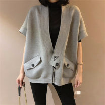 short coat Autumn of 2019 S,M,L,XL Black, gray, green Short sleeve routine singleton  Cape type V-neck zipper 25-29 years old 71% (inclusive) - 80% (inclusive) cotton