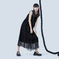 Dress Summer 2020 black S M L Mid length dress singleton  Sleeveless commute Crew neck middle-waisted Solid color other Others 25-29 years old Type H UEOO literature X2011213L More than 95% silk Mulberry silk 100% Pure e-commerce (online only)