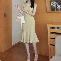 Dress Spring 2021 Black, light yellow, apricot S,M,L,XL longuette singleton  Sleeveless commute Crew neck High waist Solid color zipper Ruffle Skirt 25-29 years old Type H Korean version Stitching, three-dimensional decoration, wave, zipper 81% (inclusive) - 90% (inclusive) other nylon