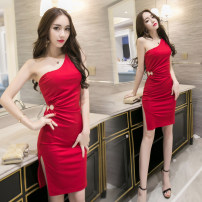 Dress / evening wear Weddings, adulthood parties, company annual meetings, daily appointments S M L XS XL Red and black Korean version Short skirt middle-waisted Autumn 2016 Short buttocks Single shoulder type spandex 18-25 years old Sleeveless Solid color Melina other Pure e-commerce (online only)