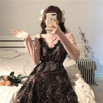 Dress Winter 2021 Built in, floral skirt Average size Mid length dress Two piece set Long sleeves commute Crew neck High waist Solid color Socket A-line skirt routine Others 18-24 years old Type A Korean version Lace 81% (inclusive) - 90% (inclusive) other other