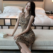 Dress Spring 2021 Leopard yellow S,M,L Middle-skirt singleton  Sleeveless commute V-neck High waist Leopard Print Socket One pace skirt Hanging neck style 18-24 years old Type H Retro printing 91% (inclusive) - 95% (inclusive) other polyester fiber