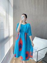 Dress Autumn 2020 Black, sky blue Average size Mid length dress singleton  elbow sleeve Sweet Crew neck Elastic waist Dot Pleated skirt 35-39 years old Type A solar system