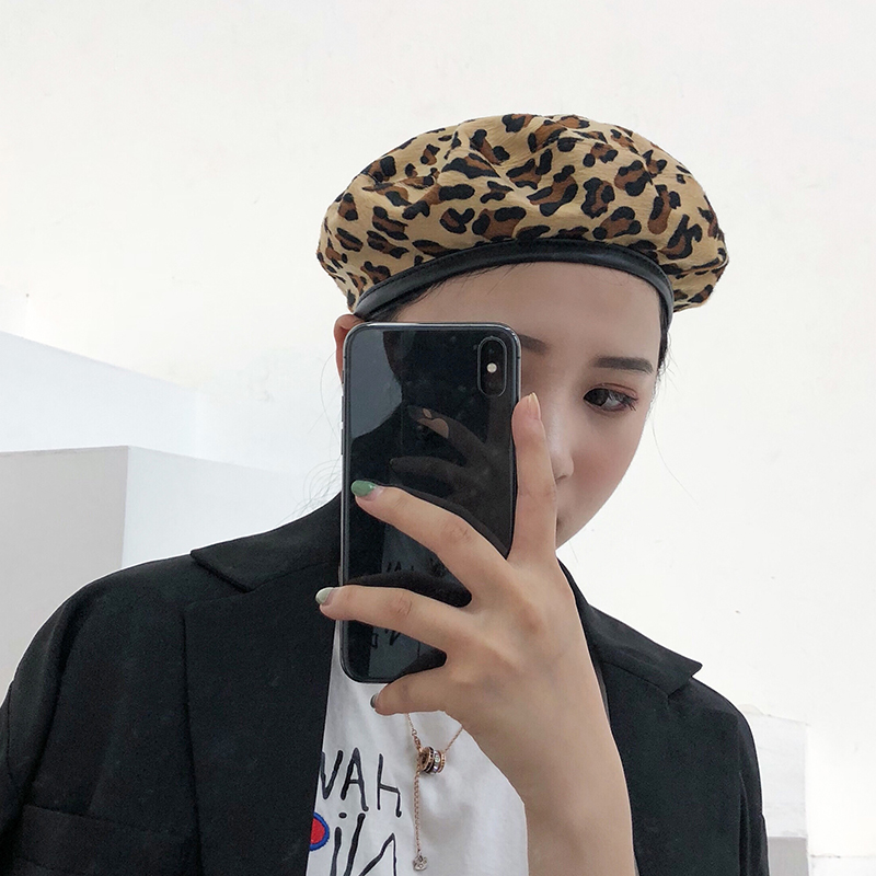 Hat other Leopard Black and white M(56-58cm) beret Spring summer autumn winter female leisure time Middle aged youth dome No eaves other Shopping other