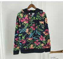 Sweater / sweater Fall 2017 Floral sweater, floral trousers M,L,XL Long sleeves routine Socket singleton  routine Hood easy commute raglan sleeve Plants and flowers 18-24 years old 81% (inclusive) - 90% (inclusive) Other / other Retro cotton cotton Cotton liner