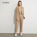 Fashion suit Autumn 2020 155/80A/S 160/84A/M 165/88A/L 170/92A/XL . Description black (suit coat) cold Brown (suit coat) cold Brown (casual Capris) black (casual Capris) 25-35 years old Amii TJ2-1202TM0227 Polyester 66% viscose (viscose) 31% polyurethane elastic (spandex) 3%