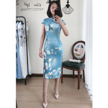 cheongsam Summer 2020 M,L,XL,2XL,3XL,4XL Green, blue Short sleeve long cheongsam ethnic style Low slit daily Oblique lapel Decor 25-35 years old Piping Beautiful clothes silk
