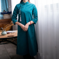 cheongsam Spring 2021 S (for 1.8-2 feet net waist), m (for 2.1-2.2 feet net waist), l (for 2.3-2.4 feet net waist) Peacock blue, crimson three quarter sleeve long cheongsam literature Low slit daily Oblique lapel Solid color Piping Yu Xiang hemp 96% and above