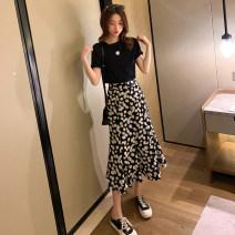 Fashion suit Summer 2021 S,M,L,XL Daisy skirt (free T-shirt) 31% (inclusive) - 50% (inclusive) cotton