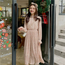 Dress Autumn 2020 White red Average size longuette singleton  Long sleeves commute Crew neck Elastic waist Broken flowers A button Big swing routine 18-24 years old Type A Gooseby Korean version Splicing 905_ gsdQb 81% (inclusive) - 90% (inclusive) cotton Cotton 81.4% others 18.6%