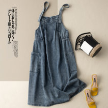 Dress Summer 2021 Denim blue M L XL 2XL longuette singleton  Sleeveless commute Crew neck Loose waist Solid color Socket A-line skirt routine straps 25-29 years old Type A He Yongzi literature pocket More than 95% Denim cotton Cotton 100%