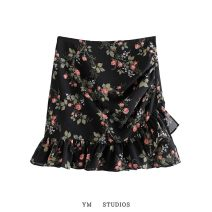 skirt Spring 2021 S,M,L Decor Short skirt street High waist A-line skirt Decor Type A More than 95% other other Europe and America