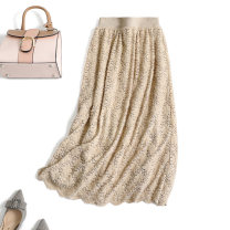 skirt Winter 2020 M, L Black, beige Mid length dress commute High waist Solid color Type A QZ1028 31% (inclusive) - 50% (inclusive) Chuhiro cotton Lace Ol style