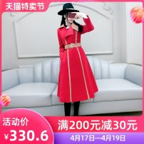 woolen coat Winter 2020 S M L XL gules polyester 81% (inclusive) - 90% (inclusive) have more cash than can be accounted for Long sleeves commute Frenulum routine tailored collar Solid color Self cultivation Britain QB0W14 The fate of July 7 25-29 years old Solid color Exclusive payment of tmall