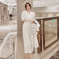 Dress Autumn 2020 white S M L XL Mid length dress singleton  Short sleeve commute V-neck High waist Solid color zipper other puff sleeve Others 25-29 years old Type X Customer plus Korean version zipper zk-20-9-hjl-6 81% (inclusive) - 90% (inclusive) polyester fiber Polyester 90% other 10%