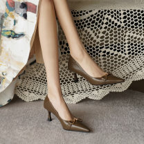 Low top shoes 32 33 34 35 36 37 38 39 40 Yi Nan Brown one yard) off white black Sharp point top layer leather Fine heel High heel (5-8cm) Shallow mouth Superfine fiber Summer 2021 Trochanter grace Adhesive shoes Youth (18-40 years old) Solid color TPR (tendon) Single shoes Microfiber skin formal wear