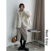skirt Winter 2020 S,M,L Black, beige Mid length dress commute Natural waist Type A 18-24 years old 20.11.11 81% (inclusive) - 90% (inclusive) polyester fiber Korean version 101g / m ^ 2 (including) - 120g / m ^ 2 (including)