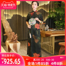 cheongsam Summer of 2019 S M L XL XXL XXXL Flower green Short sleeve long cheongsam Retro High slit daily Oblique lapel Over 35 years old Piping flowers blooming like a piece of brocade Chinese Classics silk Mulberry silk 100% Pure e-commerce (online only)